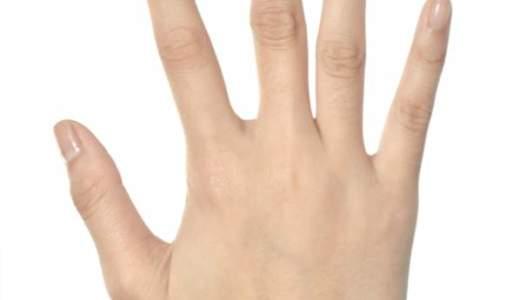 手の甲が痛い原因は?腫れ、しこり(こぶ)がある場合は?血管に痛みがあると・・・