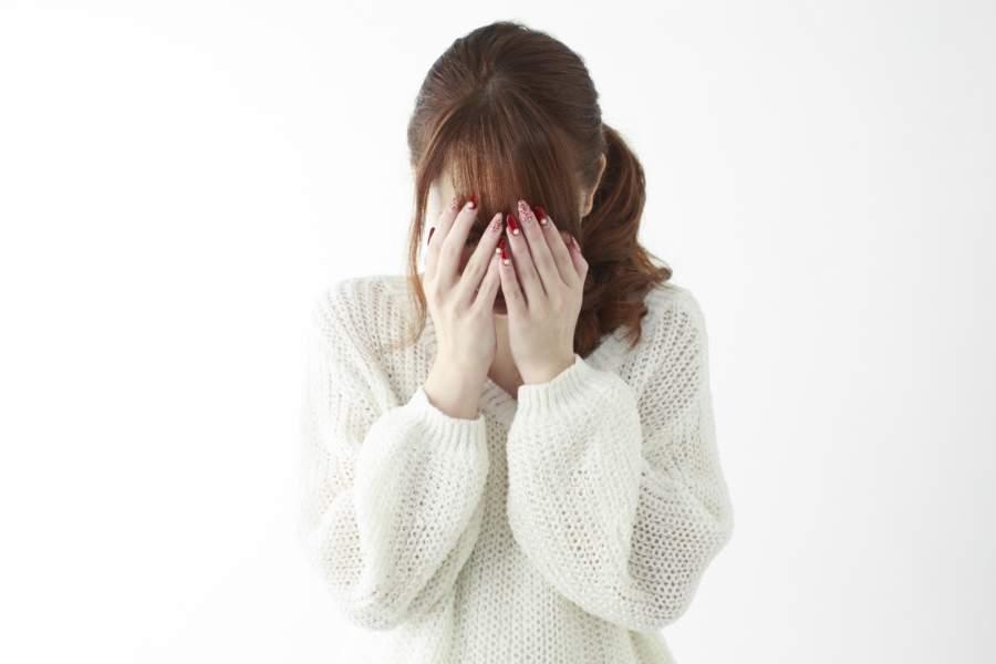 フラッシュバックの症状は治療できる?原因や対処法についても!