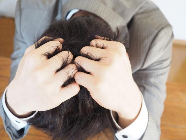 後頭部が重いし鈍痛がある原因は?病気?吐き気やめまいもある場合は