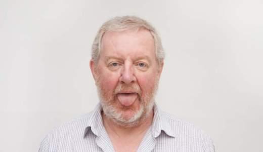口の中、舌がザラザラする原因は病気?痛い、色が赤い、白いと・・・