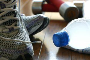 運動不足,水分不足,筋肉,疲労,栄養,骨盤
